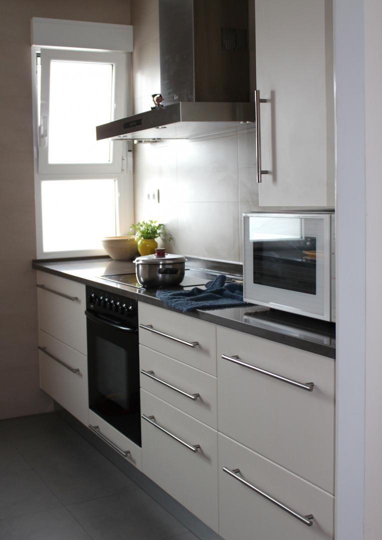 Cuanto cuesta una cocina schmidt dise o de interiores for Cuanto cuesta poner una cocina completa